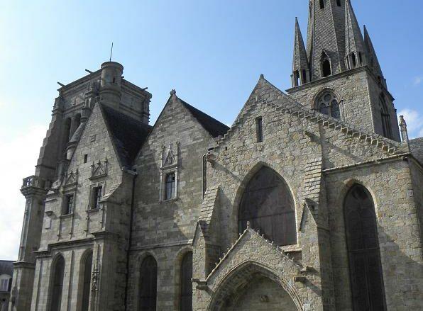 Guingamp basilica